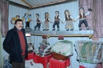 SANAT ESERİ - Emekli Öğretmene Maket Yapımı Enografik Sanatçı Kartı