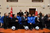 SERKAN KESKİN - Isparta'daki Amatör Spor Kulüplerine 250 Bin Liralık Malzeme Desteği