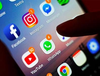 Sosyal medya düzenlemesinde flaş gelişme!