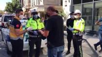 Taksim'de Karantina İhlali Yapan Taksi Şoförü Sağlık Ekiplerine Teslim Edildi
