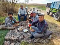 Seyitgazi Ziraat Odası Başkanı Erden Çiftçilerin Sorunlarını Dinledi
