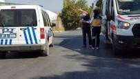 Kastamonu'da Saman Satmaya Gelen Şahıs Bıçaklandı