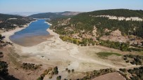 Kurak Geçen Mevsim Kastamonu Baraj Ve Göllerde Su Bırakmadı