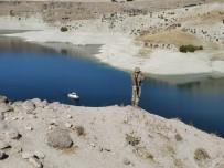 Kayıp Çobanın Kıyafetleri Baraj Gölü Kenarında Bulundu