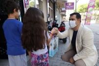 Turgutlu'da Öğrencilere Tabletleri Ulaştırılıyor