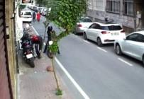 İstanbul'un Göbeğinde Saniyeler İçerisindeki Motosiklet Hırsızlıkları Kamerada