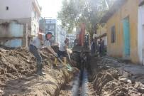 Burhaniye'de Yağmur Suyu Kanalları Yenileniyor