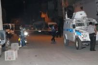 Adana'da Silahlı Kavga Açıklaması 2 Yaralı