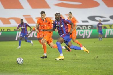 Başakşehir, Trabzonspor'u Deplasmanda 2-0 Yenerek Ligdeki İlk Galibiyetini Aldı