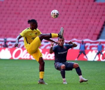 TFF 1. Lig Açıklaması Samsunspor Açıklaması 0 - İstanbulspor Açıklaması 3