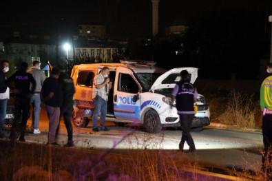 Uşak'ta Polis Aracı İle Otomobil Çarpıştı Açıklaması 2 Polis Yaralı