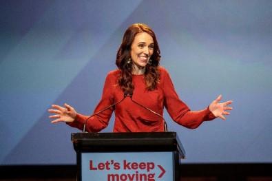 Yeni Zelanda'da seçimin galibi Ardern