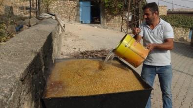 Gercüş'te Buğday Kaynatma Geleneği Devam Ediyor