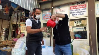 Mardin'in Beyaz Toprakla Mayalanan Meşhur Üzüm Pekmezi Tezgahlardaki Yerini Aldı