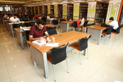 Nilüfer Kütüphaneleri Uluslararası Toplantıda Tanıtıldı