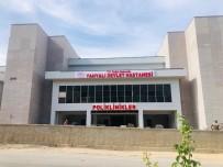 Yahyalı Devlet Hastanesi'nin Tabelaları Asıldı