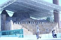 Şehrin Simgesi Cacabey Medresesinde Üst Örtü Yapımı Tamamlandı