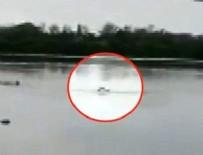 MEKSIKA - Uyarılara rağmen göle girdi! Timsahlara yem oldu!