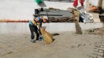 Sındırgı'nın Akçakısrak Mahallesi Temizliği İle Örnek Oluyor