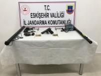 Kaçak Kazı İçin Araştırma Yaparken Yakalandılar