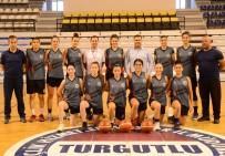 Turgutlu Belediye Kadın Basketbol Takımı Parkeye İndi