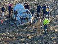 Ağrı'da Otomobil Şarampole Yuvarlandı Açıklaması 1 Ölü, 1 Yaralı