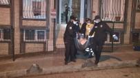 Küçükçekmece'de Kadın Cinayeti Açıklaması Tartıştığı Karısını Defalarca Bıçakladı