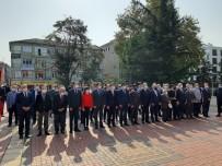 Çaycuma'da Cumhuriyet Bayramı Öncesi Çelenk Sunuldu