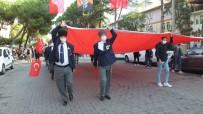 Burhaniye'de Cumhuriyet Bayramı'na Öğretmen Veli Bandosu Damgasını Vurdu