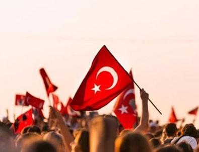 Cumhurbaşkanı Yardımcısı Oktay'dan 29 Ekim mesajı