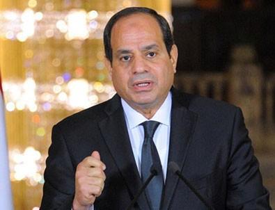 Sisi'den aşağılık karikatürlere tepki!