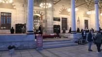 Konya'da Sultan Selim Camisi'ndeki Programda Azerbaycan İçin Fetih Suresi Okundu