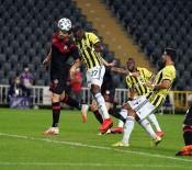 Süper Lig Açıklaması Fenerbahçe Açıklaması 1 - Fatih Karagümrük Açıklaması 0 (İlk Yarı)