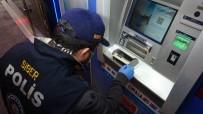 ATM'nin İçinde Gizli Kameralı Düzenek Ele Geçti