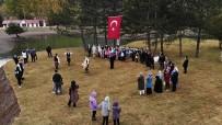 Kaymakam, Cumhuriyet Bayramında Dezavantajlı Çocuklarla Birlikte Göbek Attı
