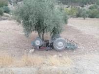 Kilis'te Traktör Devrildi Açıklaması 1 Yaralı