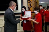 Başkan Kavuş Şampiyonları Ağırladı