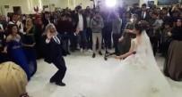 Mardinli Halk Oyunları Hocası Sosyal Medyada Gündem Oldu
