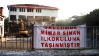 Sarıgöl'de Fay Hattı Okul Yıktırdı