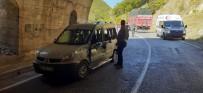 Tunceli'de Trafik Kazası Açıklaması1'i Ağır 2 Yaralı