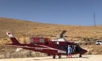 Doğumdan Sonra Ağlamayan Ve Moraran Bebek Hava Ambulansı İle Hastaneye Kaldırıldı