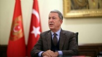 İTALYA - Bakanı Akar'dan kritik temas!