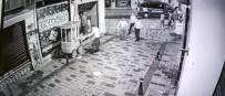 (Özel) Taksim'de İBB'den Gece 'Tezgah' Operasyonu Kamerada