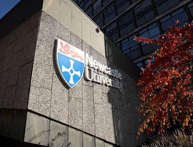 Üniversitede koronavirüs alarmı! Binden fazla...!!!