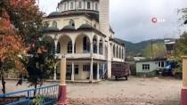 Çınarık Köyünde Cami Ve Kahvehaneler Kapatıldı