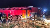 Devrilen Otobüsteki Turistlerden Biri Öldü