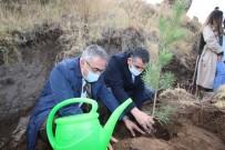 Hacılar'da Bin 100 Fidan Toprakla Buluştu