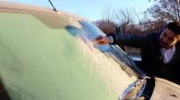 Bayburt Ve Erzincan'da Arabaların Camları Buz Tuttu