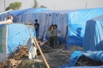Polisten Çadırda Yaşayanlara Baza Ve Yatak Yardımı