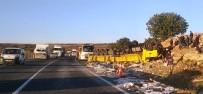 Şanlıurfa'da Mermer Yüklü Tır Devrildi Açıklaması 1 Yaralı